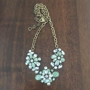 J crew 3 flower necklace